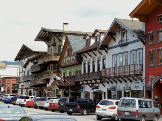 3-Day Aplets&Cotlets Factory, Outlet Shopping, German Town Tour from Vancouver