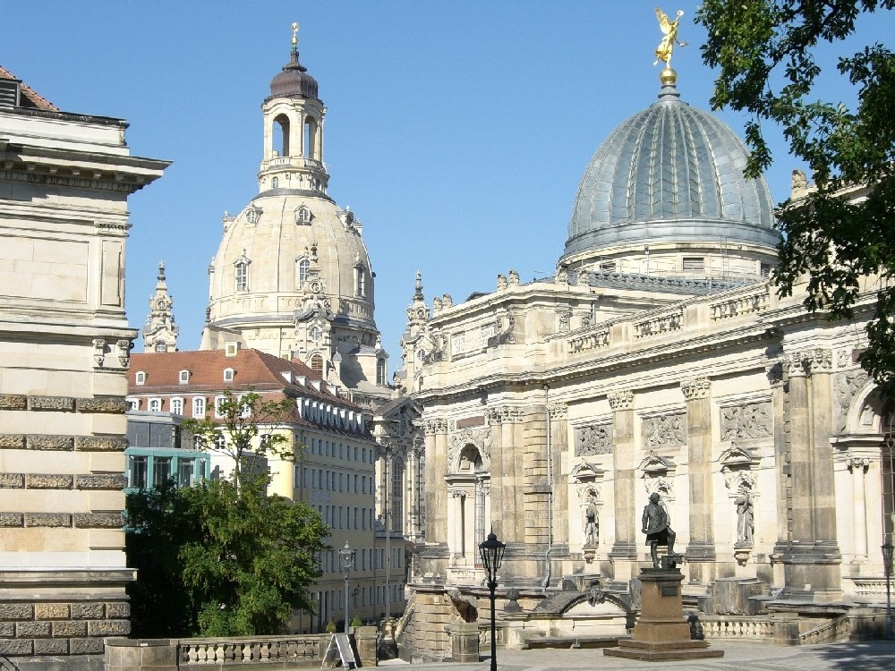 1-Day Dresden Day Trip with Tour of Zwinger Palace and Gallery from Prague