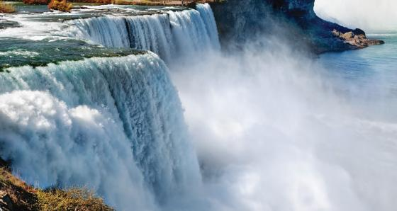 2-3 Day Niagara Falls Tours - Buy 2 Get 3rd Free!